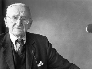 Friederich_von_Hayek