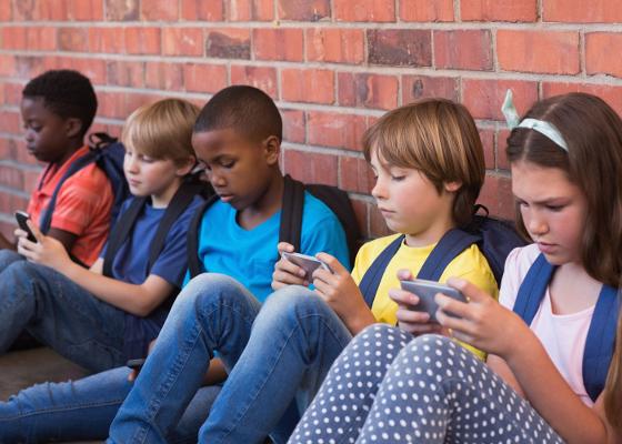 Kids - smartphones